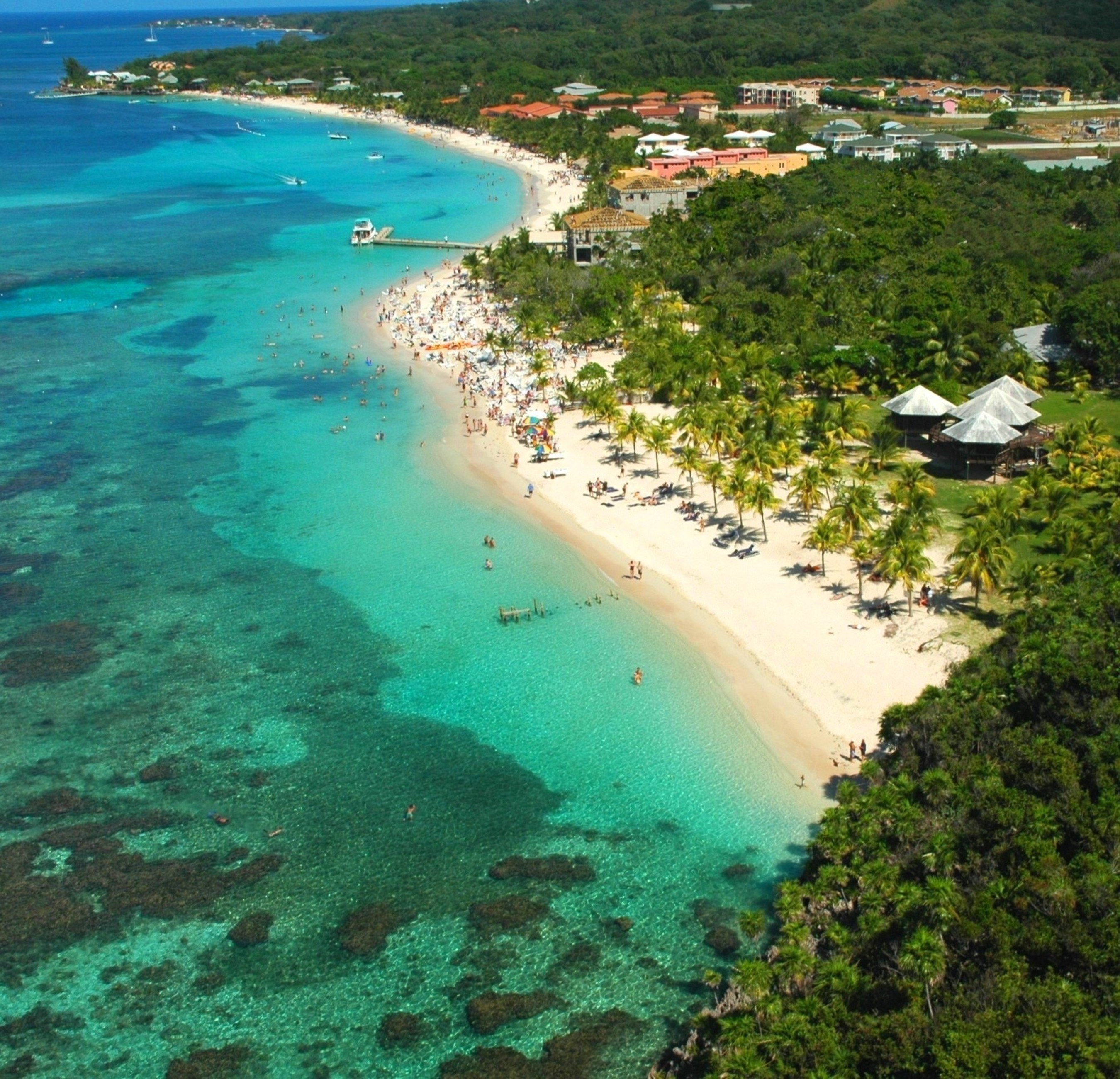 A view of Honduras' West Bay Beach, selected by TripAdvisor's users as the best beach in Central America and among the 10 best beaches in the world.