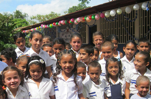 Listen Up Espanol, BuildOn, and TWX Magazine combined to raise money to build a school in Nicaragua in the last week of November.  (PRNewsFoto/Synapse Group, Inc.)