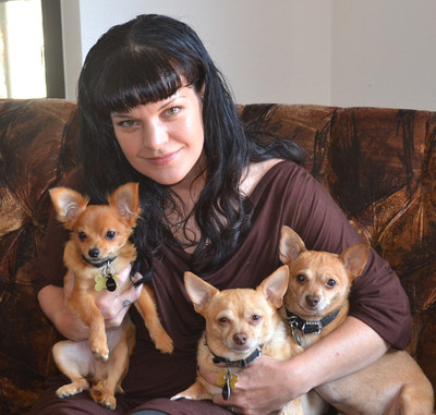 2016 Remember Me Thursday Official Spokesperson Pauley Perrette with rescue pups, Rosie, Grace and Bug.