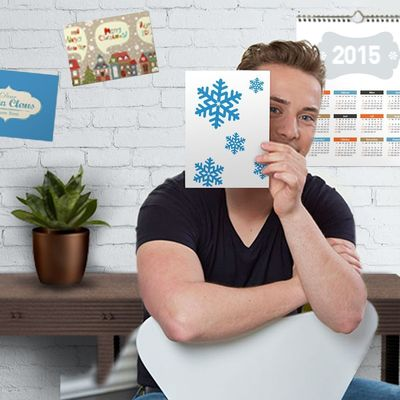 Onlineprinters GmbH have added new products to their range for Christmas and 2015. Business mail for the New Year, calendars or yearly wall planners can be designed using the wide selection of free download templates or the online editor in the online shop. The service portfolio of the provider of online print services is available to customers throughout Europe in the languages German, English, French, Italian, Dutch and Spanish. Copyright: Onlineprinters GmbH