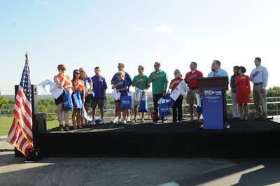 Rand McNally and USA TODAY kick off 2012 Best of the Road Rally June 15 in Washington, D.C.  (PRNewsFoto/Rand McNally)