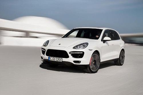 2014 Porsche Cayenne Turbo S.  (PRNewsFoto/Porsche Cars North America, Inc.)