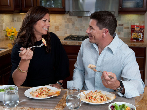 In an effort to help couples reconnect over dinner and make Tuesdays more extraordinary, STOUFFER'S(R) announced that they are launching a nationwide program with Misty May-Treanor.  (PRNewsFoto/Nestle USA)