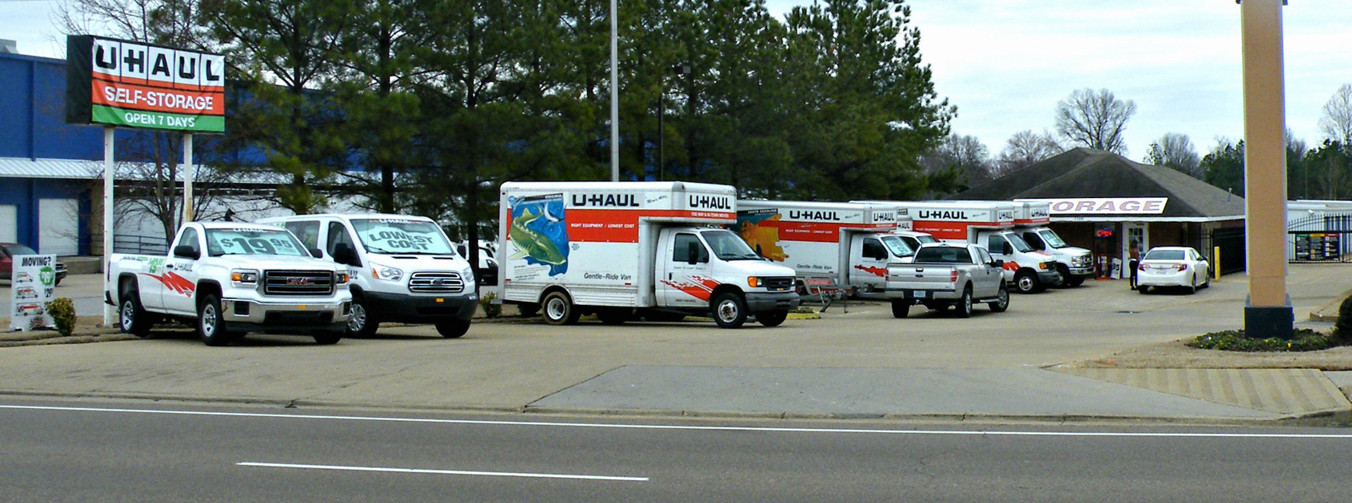U-Haul Company's adaptive reuse of a former American Mini Storage facility led to the recent opening of U-Haul Moving & Storage on Highway 64, located at 7399 Hwy. 64 in Memphis.