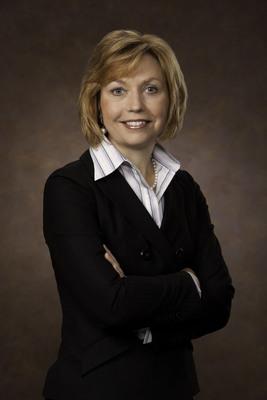 Elaine Sarsynski - Executive Vice President, MassMutual's Retirement Services Division. (PRNewsFoto/MassMutual Retirement Services)