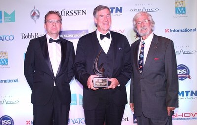 Oceanco Presents Fabien Cousteau Blue Award to the Prince Khaled Bin Sultan Living Oceans Foundation (PRNewsFoto/Oceanco)