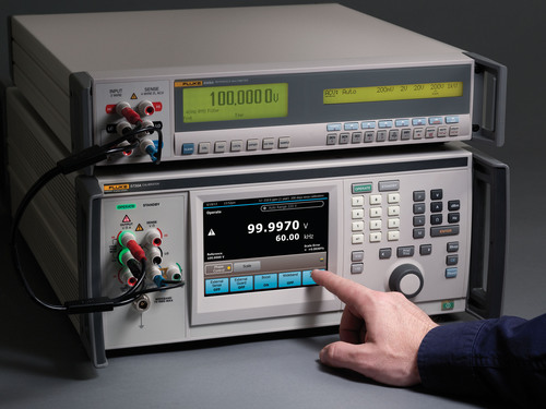 The 5730A builds on the proven foundation of the 5700A/5720A with improved accuracy, new digital components, and a large full-color, touchscreen display. The new display brings all of the calibrator's status and settings into one location, making any operation accessible with the touch of a finger. For laboratories running their existing 57XX calibrator under remote control, the 5730A can be set to run in 5700A/5720A emulation mode, eliminating the need to re-write system software or procedures.  (PRNewsFoto/Fluke Calibration)