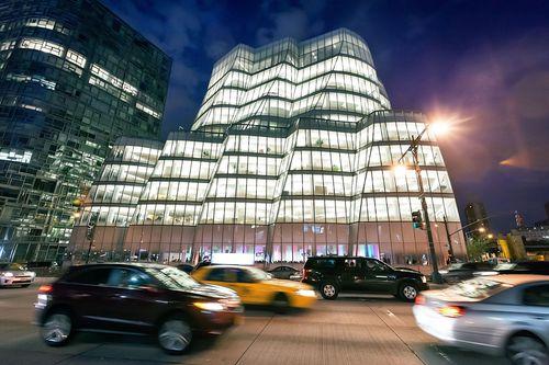 On May 6-7 DLDnyc will take place in the iconic IAC building in Manhattan, New York City. (PRNewsFoto/Hubert Burda Media)