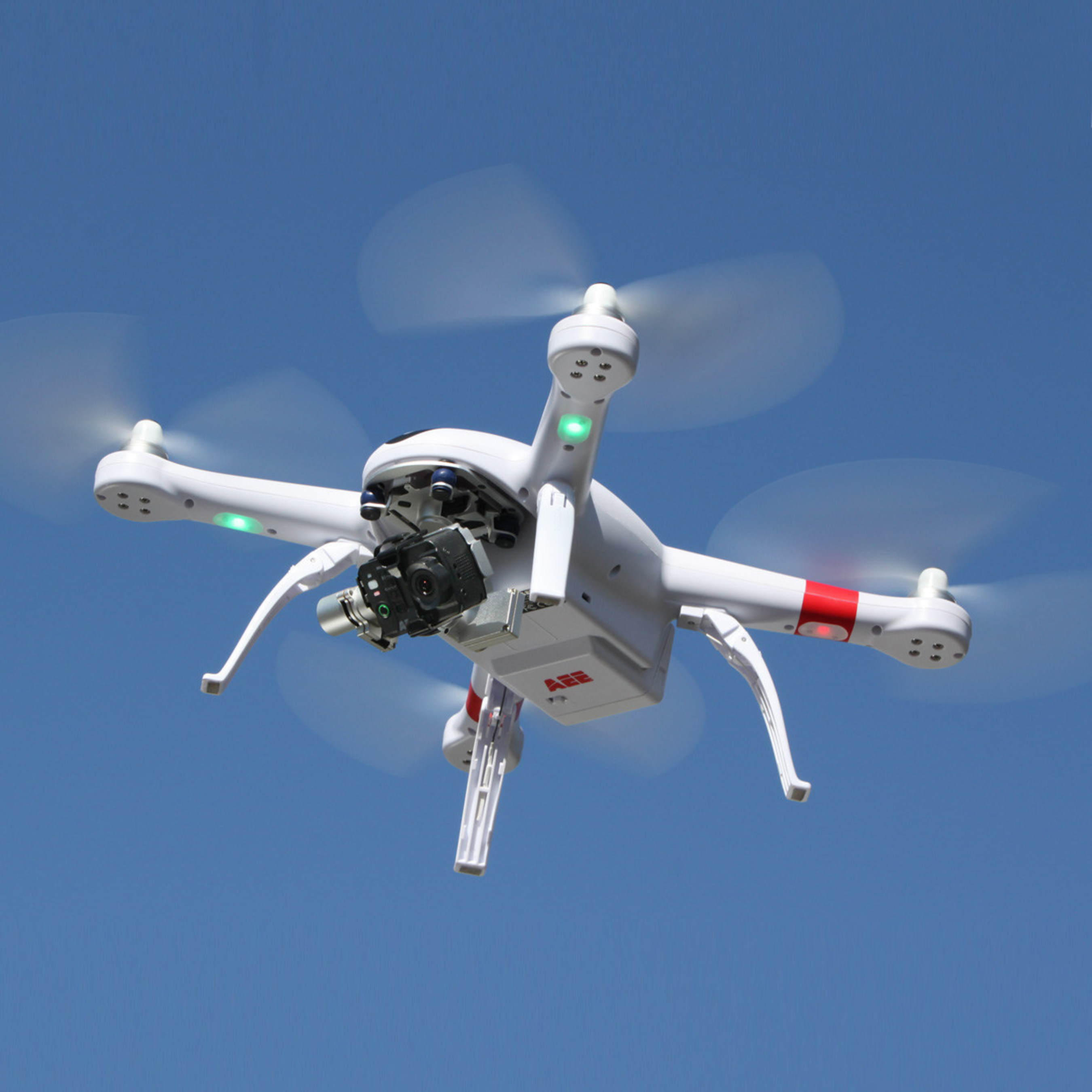The AEE AP11 Pro drone features 3-axis gimbal and full HD.