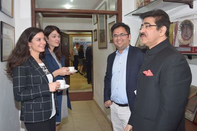 Sandeep Marwah with Ms. Tereza Wodehouse, Ms. Denisa Najmanova & Mr. Sidharth Khanna (Faculty from UCLA)