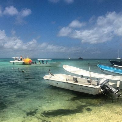 The Venezuelan Coast Guard found it drifting in the Los Roques archipelago, after Pirates of the Caribbean had robbed it of all technical equipment - and 24 bottles of the Solo soft drink. Photo: Arjuna Maciel Camargo