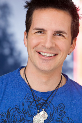 "Hal Sparks Added to Panel of Celebrity Judges for ""Hub Network's First Annual Halloween Bash"".  (PRNewsFoto/The Hub Network)"