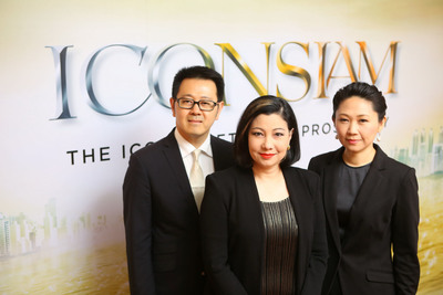 Mrs. Chadatip Chutrakul, CEO of Siam Piwat Co., Ltd., (Center), Ms. Tipaporn Chearavanont, CEO, Magnolia Quality Development Corporation Ltd.,(Right) and Mr. Narong Chearavanont, Senior Executive Assistant to Chairman of Charoen Pokphand Group Co., Ltd., (Left) (PRNewsFoto/Siam Piwat Co., Ltd.)