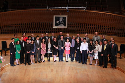 Winners, jury members, presenters and special guests at the inaugural Shanghai Isaac Stern International Violin Competition on September 2nd at Shanghai Symphony Hall.Photo: SISIVC
