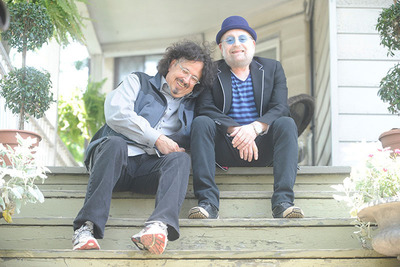 Mark Volman and Howard Kaylan (AKA Flo and Eddie) of The Turtles. (PRNewsFoto/Happy Together Tour) (PRNewsFoto/HAPPY TOGETHER TOUR)