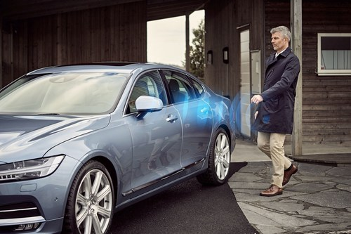 Volvo Cars' world first application for mobile phones to replace the physical key with a digital key. The ...