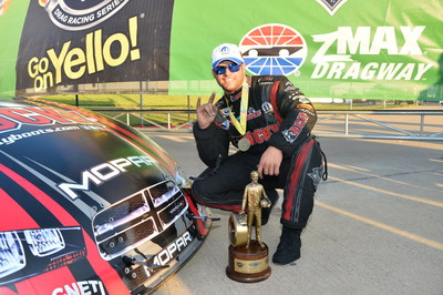 DSR's Matt Hagan drives Mopar to NHRA Carolina Nationals title win in Texas (PRNewsFoto/Chrylser Group LLC)