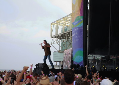 Blake Shelton rocked the beach in Atlantic City