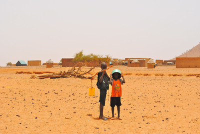 Tens of thousands of drought victims in the West African country of Mauritania will receive emergency assistance to rehabilitate wells, prevent outbreaks of disease and provide short-term income, Counterpart International announced. Funded by the U.S. Agency for International Development (www.USAID.gov), the assistance will be a lifeline for villages struggling against the effects of the worst drought in 15 years. Photo by Alisha Rodriguez for Counterpart International. Copyright. www.Counterpart.org.  (PRNewsFoto/Counterpart International, Alisha Rodriguez)