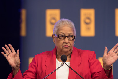 American Federation of Government Employees National Vice President for Women and Fair Practices Augusta Y. Thomas addresses delegates at AFGE's 40th National Convention in Orlando. Credit: Keith Mellnick