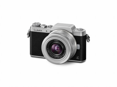 Panasonic LUMIX GF7 Featuring Modern Selfie Functions with Classic Styling