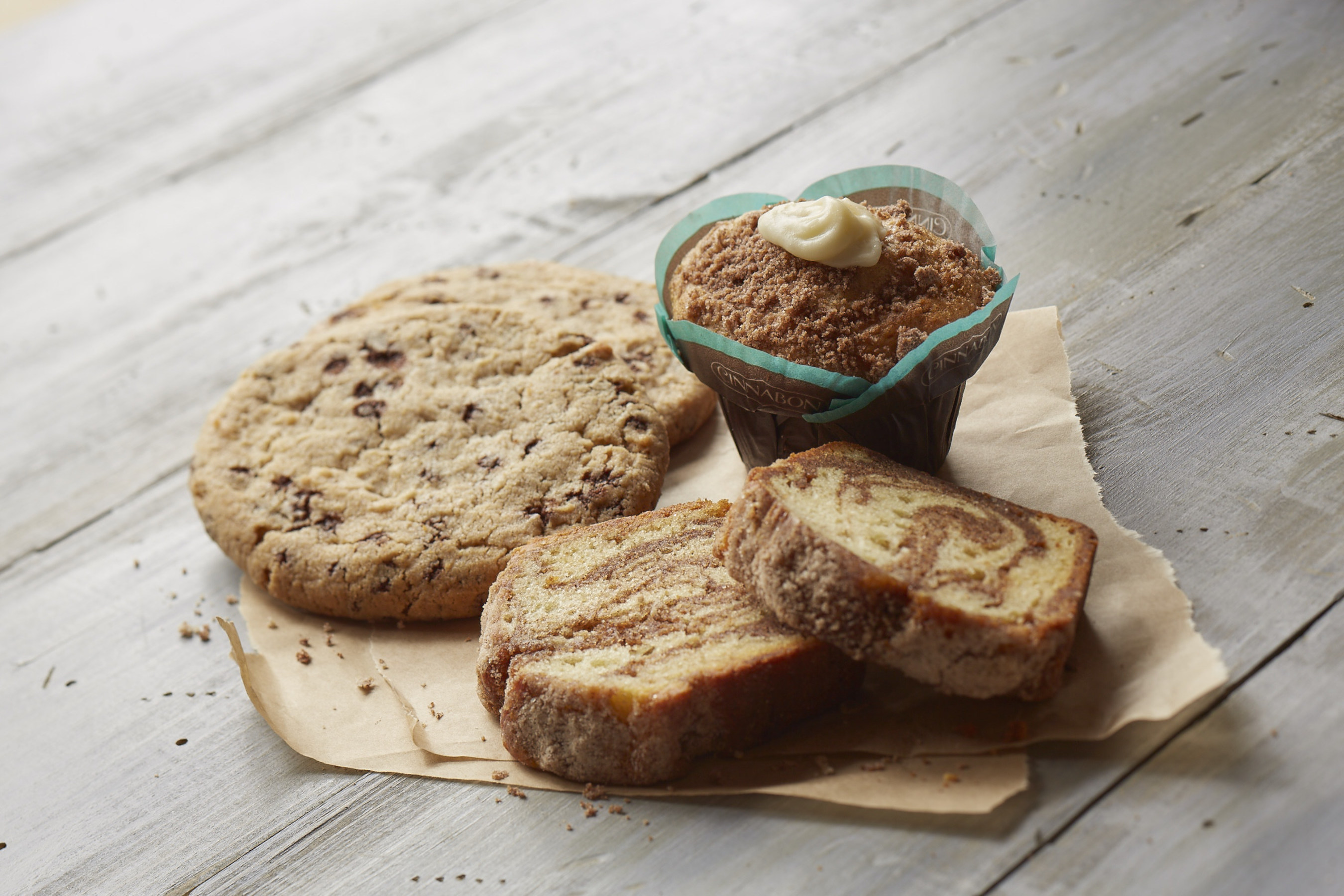 Cinnabon launches line of fresh baked treats at grocery, convenience stores, universities, and other foodservice and retail channels.