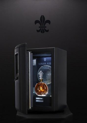 Safebox LOUISXIII 100 YEARS (PRNewsFoto/LOUIS XIII COGNAC)