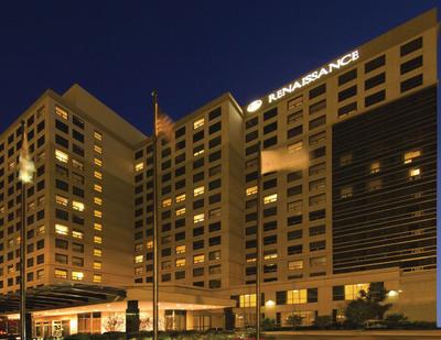 Renaissance O'Hare Hotel in Chicago.  (PRNewsFoto/Laurus Corporation)