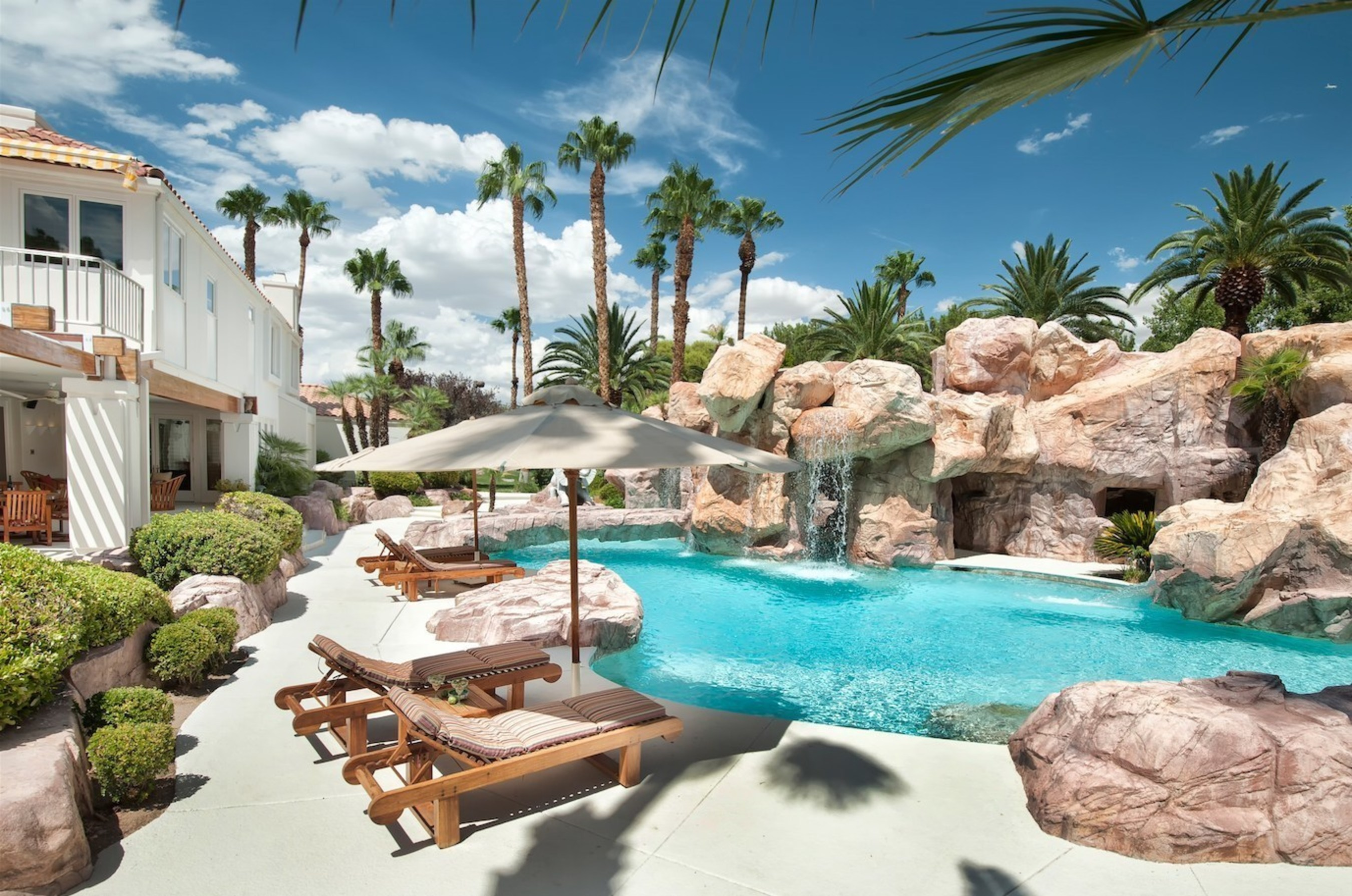 Leading Luxury Real Estate Marketplace Concierge Auctions Wins Big In Las Vegas