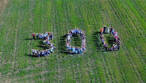 Noodles & Company celebrated the opening of its 300th restaurant.  (PRNewsFoto/Noodles & Company)