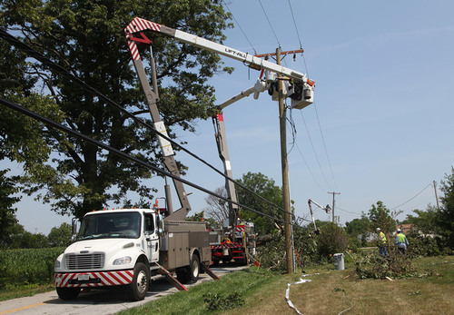 More than 3,200 FirstEnergy utility and support employees, along with 1,000 contractors and crews from other ...