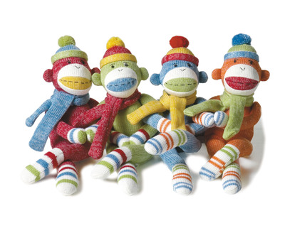 New at Toy Fair, Monkeez Makes a Difference(TM) is turning philanthropy into child's play! The innovative, educational program empowers children to help others, give back and prevent bullying through kid-friendly tools. Kids learn to help others and give back with sock monkeys and other characters, online games, real-life Do Good challenges designed to prevent bullying, a Monkeez Runner app and a special 10 percent donation on each child's behalf to one of three nationally renowned charities of his or her choice including Alex's Lemonade Stand. (PRNewsFoto/Monkeez Makes a Difference) (PRNewsFoto/MONKEEZ MAKES A DIFFERENCE)