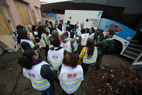 UNIQLO prepares to distribute clothing to those in regions affected by Hurricane Sandy.  (PRNewsFoto/UNIQLO)