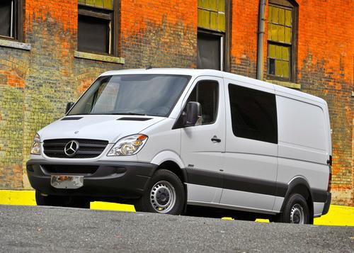 2011 Mercedes-Benz Sprinter Crew Van.  (PRNewsFoto/Mercedes-Benz)