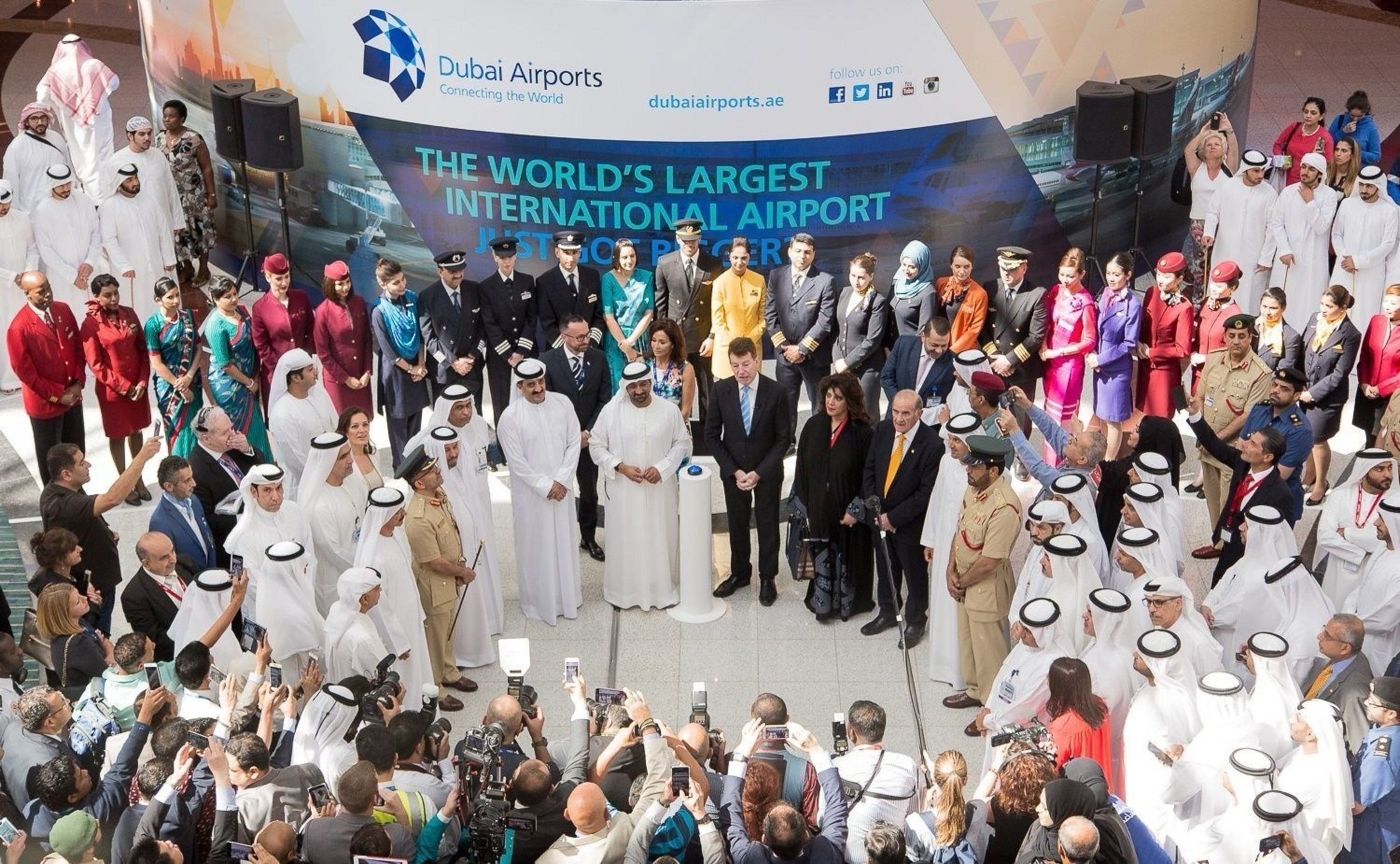 His Highness Sheikh Ahmed Bin Saeed Al Maktoum, Chairman of Dubai Airports, and CEO Paul Griffiths lead the celebrations at Dubai International's Concourse D on Wednesday. (PRNewsFoto/Dubai Airports)