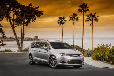 Lightweight high-strength steel accounts for 72 percent of 5-star Chrysler Pacifica minivan's body structure