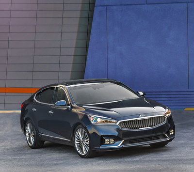 Kia Cadenza Wins Large Sedan of the Year Award
