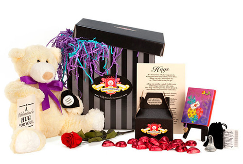 Valentine's Day Gift - Ultimate Hugs Package from The Serious Teddy Bear Company. (PRNewsFoto/The Serious Teddy Bear Company) (PRNewsFoto/THE SERIOUS TEDDY BEAR COMPANY)