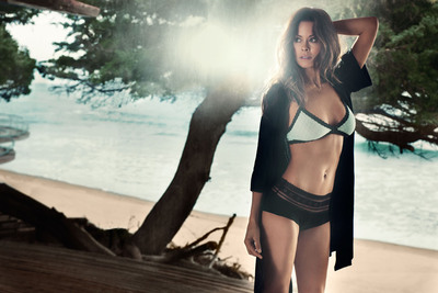 BeachMint Launches Intimate Apparel Collection, intiMINT, with Brooke Burke-Charvet.  (PRNewsFoto/BeachMint)