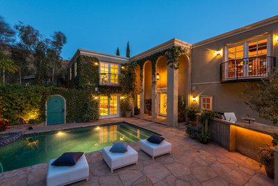 Architectural gem commands Nichols Canyon views on three sides; Hollywood Hills property listed by Aaron Kirman and Mimi Starrett of Aaroe Estates