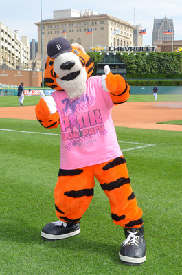 The Detroit Tigers and the Barbara Ann Karmanos Cancer Institute are teaming up for the second annual Pink Out the Park at the Detroit Tigers vs. Kansas City Royals game Friday, Sept. 13, at 7:08 p.m., at Comerica Park in Detroit. This year's Pink Out the Park event is sponsored by Delta Air Lines. The event raises awareness of breast cancer and helps raise funds for breast cancer research at the Karmanos Cancer Institute. Two ticket packages will offer fans great seats and a limited edition Pink Out the Part t-shirt. Visit www.tigers.com/pinkout to purchase tickets. Photo credit Ron Wade.  (PRNewsFoto/Karmanos Cancer Institute)