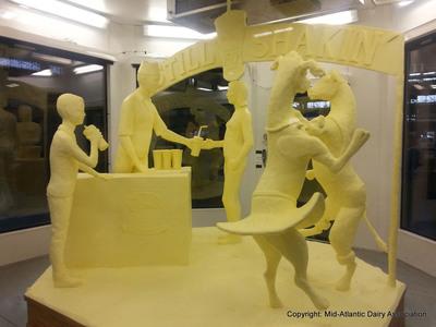 2014 Farm Show Butter Sculpture revealed Copyright: Mid-Atlantic Dairy Association.  (PRNewsFoto/Pennsylvania Department of Agriculture)