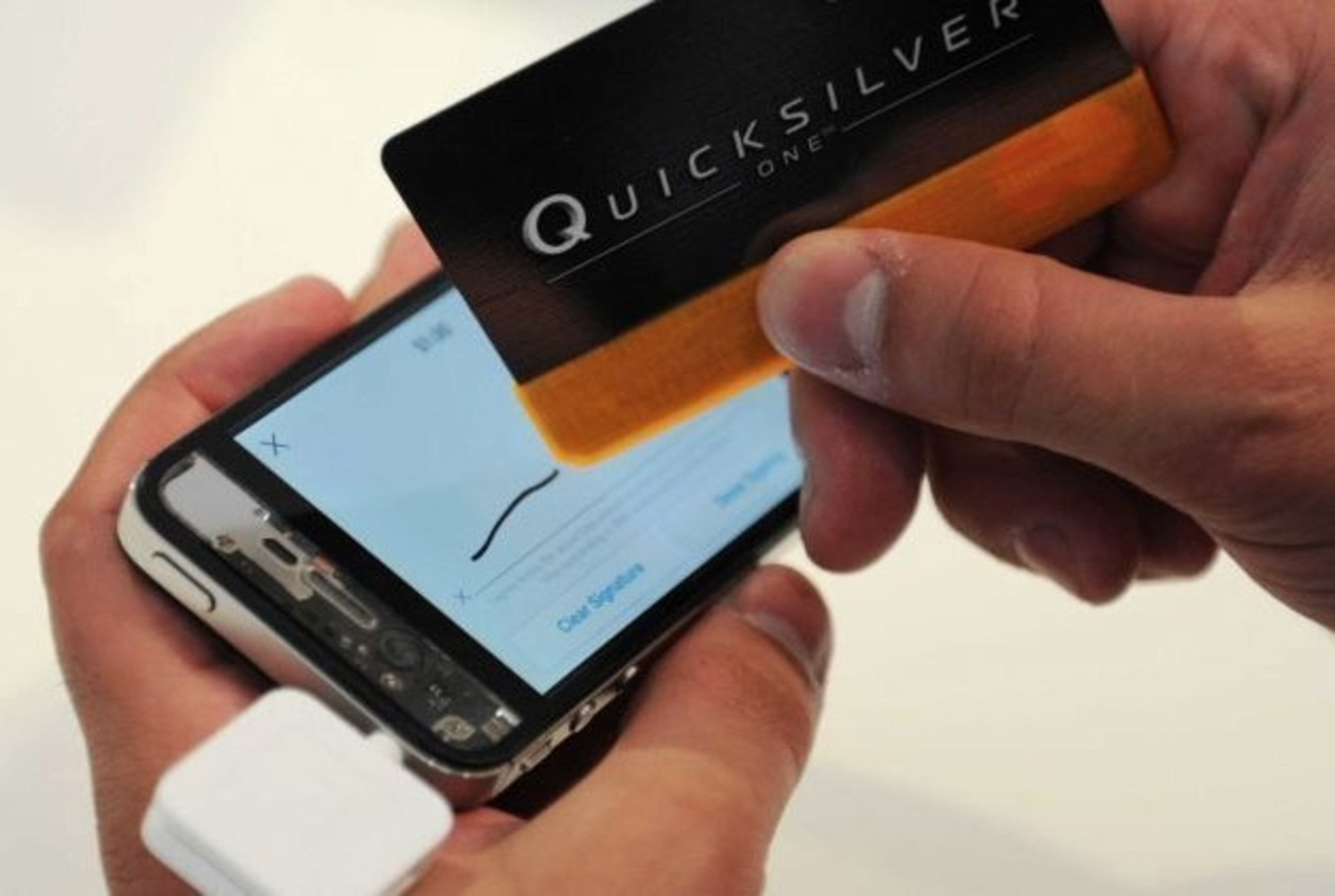 The First Ever Antimicrobial Credit Card Sleeve Stylus: Swipe, Tap, Sign & Go