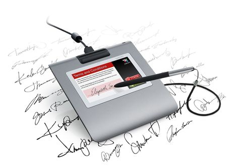 The surfaces of Wacom signature pads are extremely robust. A long-term test with Wacom's STU-530, mid 2014 ...