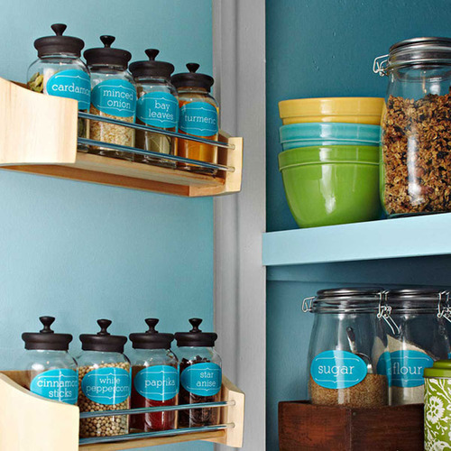 Making a few small changes in your kitchen will help clear out clutter and keep things organized.  (PRNewsFoto/Lowe's)