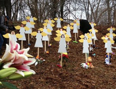 Newtown Peace Park Angels.  (PRNewsFoto/Julie Lyonn Lieberman)