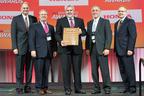 MetoKote Corporation receives Honda Performance Award at 16th Annual American Honda Service Parts Supplier Conference in Toronto, Canada (PRNewsFoto/MetoKote Corporation)