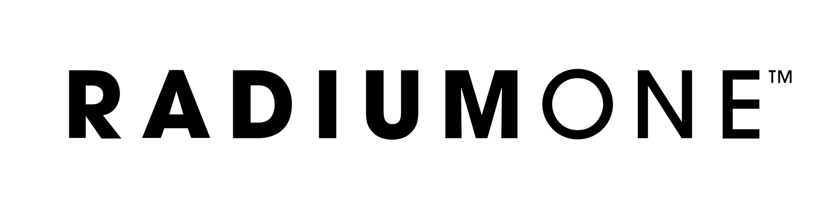 HD Logo (PRNewsFoto/RadiumOne)