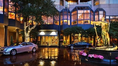 Windsor Court Hotel in Downtown New Orleans is planning a re-opening of its luxurious Polo Club Lounge on September 23, 2016. The updated space will feature additional seating, a refreshed menu and new area for live entertainment. For information, visit www.WindsorCourtHotel.com or call 1-504-523-6000.