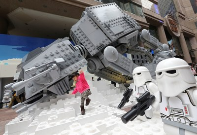 Star Wars exhibition at Times Square features a special collection of exclusive models of film replicas and toys.